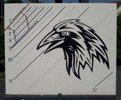 Cadran solaire oriental corbeau
