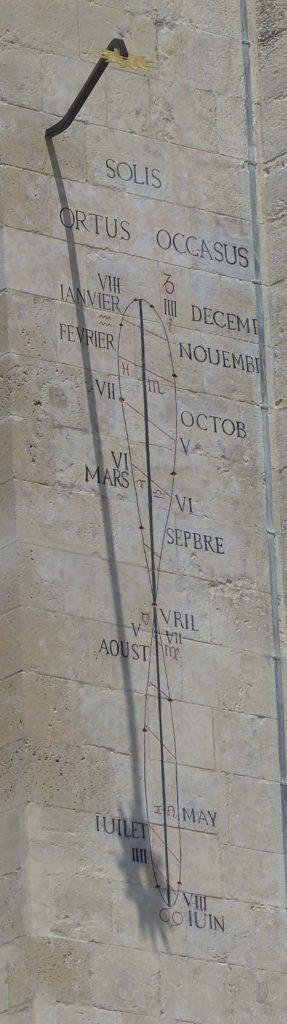 cadran solaire eglise saint-pierre de Caen