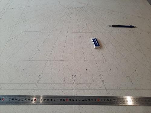Tracer du cadran solaire de grande taille